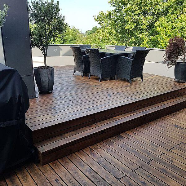 Uberarbeitung Einer Terrasse Aus Eiche Bohlen Durch Schleifen